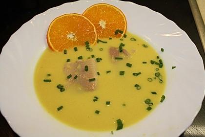 Orangen-Schaumsuppe