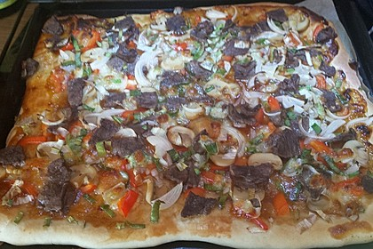 Asiatische Rindfleisch-Pizza 7