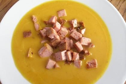 Kürbissuppe mit einem Hauch Curry 2