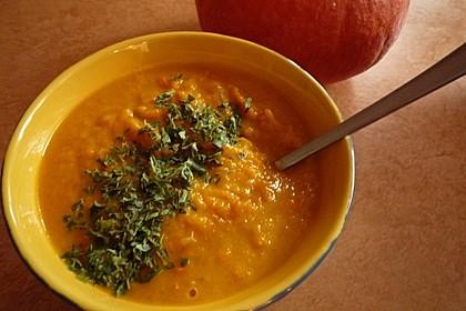 Kürbissuppe mit einem Hauch Curry 3
