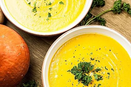 Kürbissuppe mit einem Hauch Curry 1