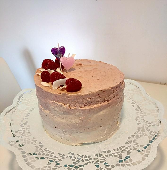 dreifarbige erdbeer kokos torte ohne zucker von zebra15. Black Bedroom Furniture Sets. Home Design Ideas