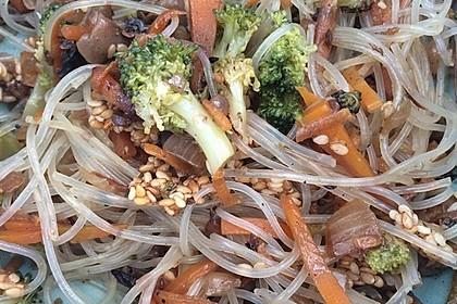 Pfannengerührter Brokkoli mit Shiitake und Sesamcrunch 1