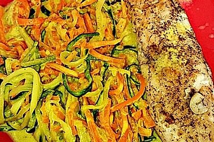 Gemüsespaghetti in Curry-Kokosmilch mit Pangasiusfilet 1