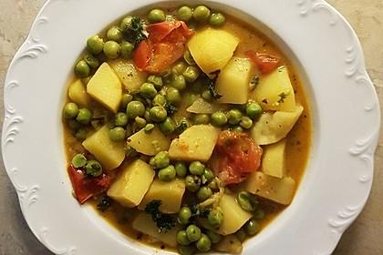 Kartoffelcurry mit Erbsen und Tomaten 3