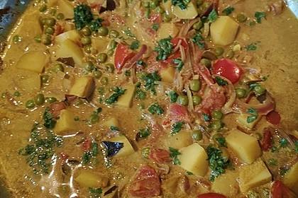 Kartoffelcurry mit Erbsen und Tomaten 2