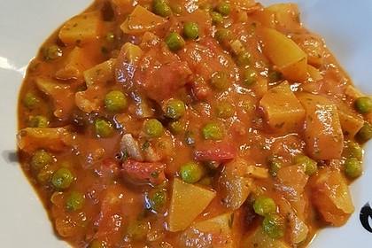Kartoffelcurry mit Erbsen und Tomaten 4