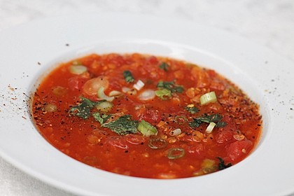 Rote-Linsen-Tomatensuppe mit Thai-Curry