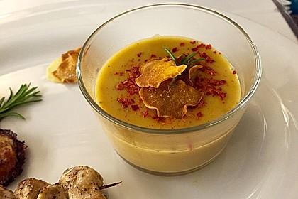 Rosmarin-Süßkartoffelsuppe