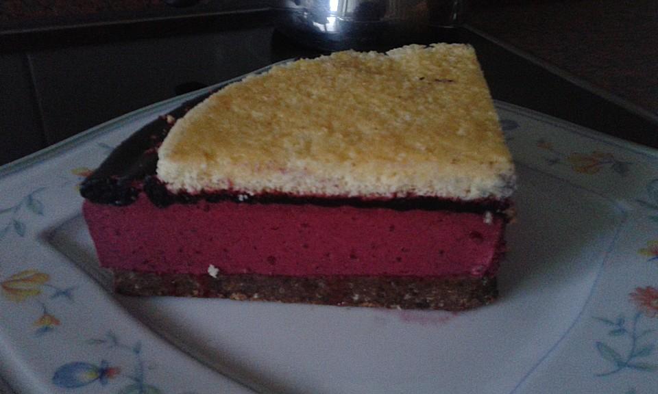 Cassis Torte Mit Schwarzen Johannisbeeren Von Karlhagenvontronje