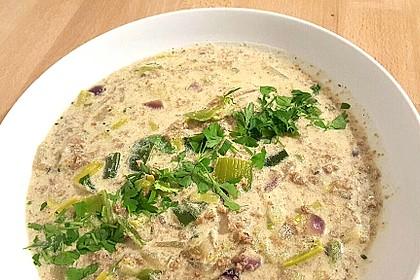 Vegane Lauch-Käse-Hack Suppe 1