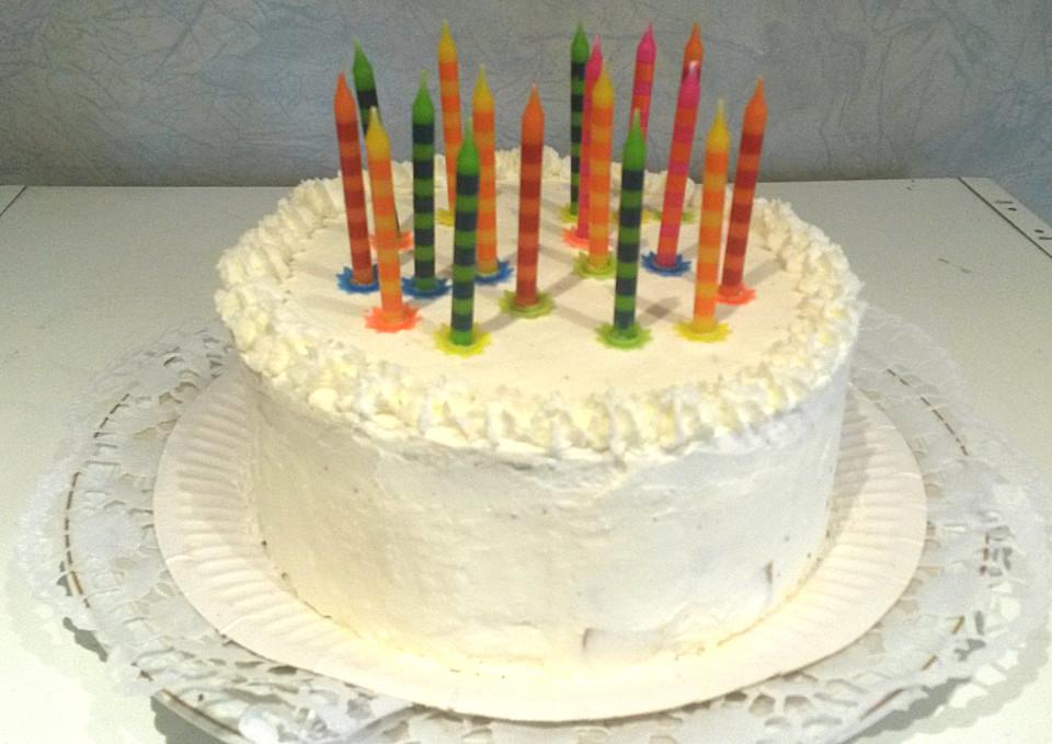Mini Geburtstagstorte Mit Preiselbeeren Und Pfirsich Von Jazzy82