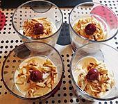 Mascarpone-Kirsch-Mandel Dessert (Bild)