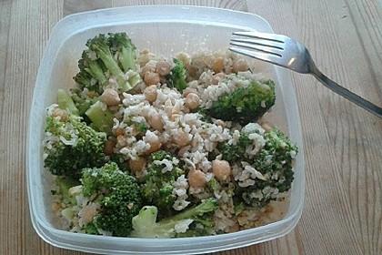 Brokkoli-Erdnuss-Reis (Bild)