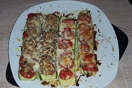 Belegte, mediterrane Zucchini