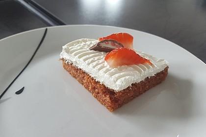 Erdbeer-Blechkuchen mit Cream Cheese Frosting 7