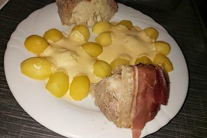 Low Carb Blumenkohlbombe mit Käse (Bild)
