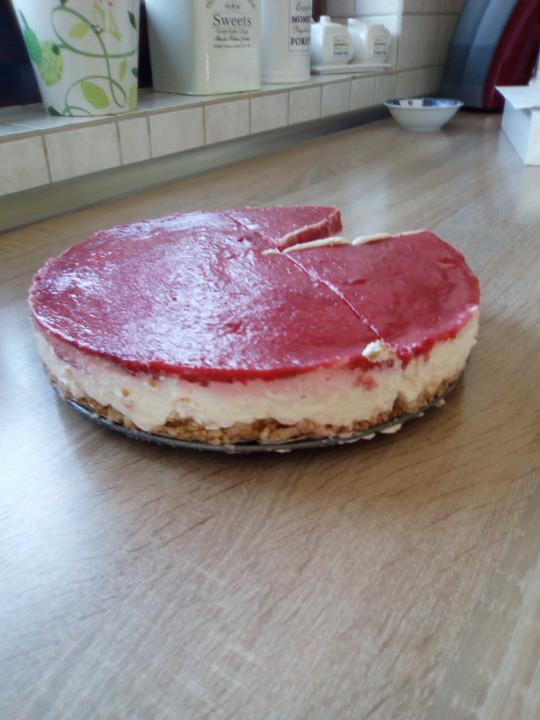 Erdbeer Frischkase Torte Von Chey2000 Chefkoch De