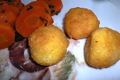 Frittierte Käsekugeln 3