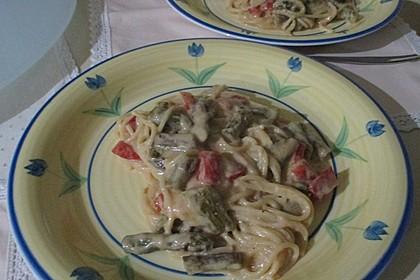 Spaghetti mit gebratenem grünen Spargel und Paprika 6