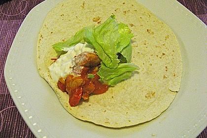 Mexikanische Tortilla - Wraps mit Hähnchenfüllung 28
