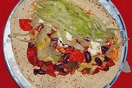 Mexikanische Tortilla - Wraps mit Hähnchenfüllung (Bild)