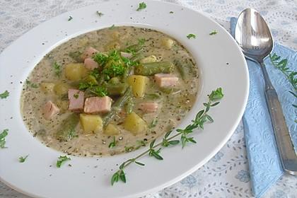 Schnippelbohnen - Suppe