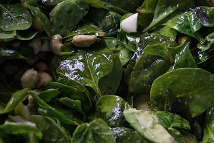Blattspinat-Salat 1