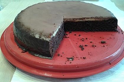 Schokoladige Schokobombe - Schokoladenkuchen