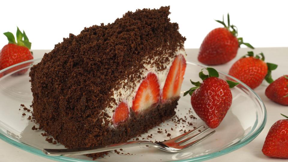 Maulwurfkuchen Mit Erdbeeren Von Evas Backparty Chefkoch De
