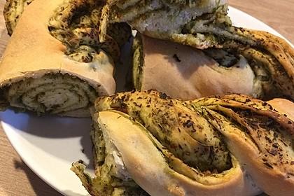 Pesto-Brot mit Basilikum 6