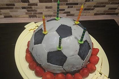 Fußball-Kuchen 3