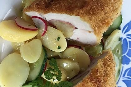 Cordon Bleu vom Hähnchen mit Kartoffelsalat