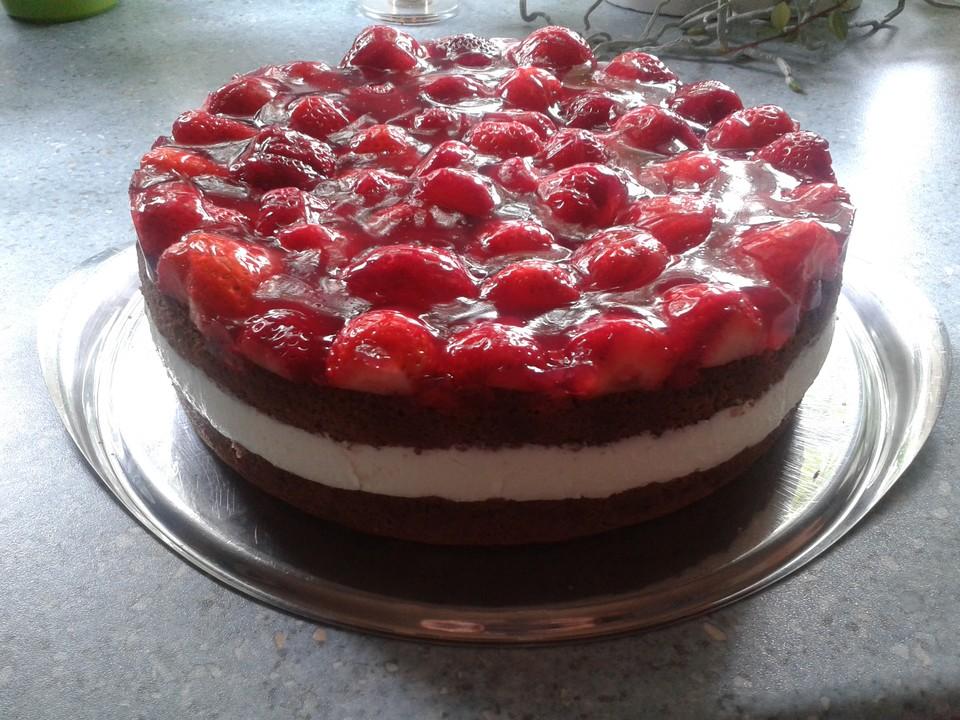 Erdbeer Buttermilch Torte Von Lisa0610 Chefkoch De