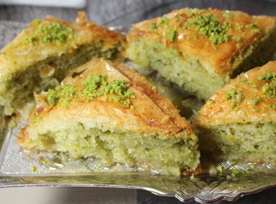 Baklava Und Kuchen 2 In 1 Von Meinerezepte Aynur Chefkoch De