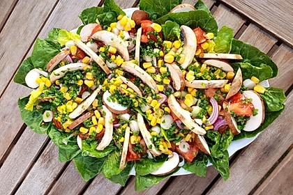 Sommerlicher Salat in Honig-Senf Dressing