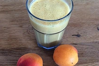 Aprikosen-Mandelmilch-Smoothie 2