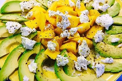 Mango-Avocado-Salat mit Ziegenfrischkäse 6