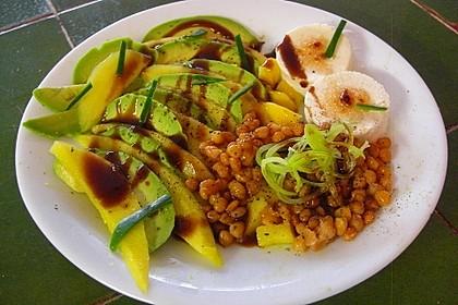 Mango-Avocado-Salat mit Ziegenfrischkäse 1