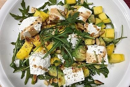 Mango-Avocado-Salat mit Ziegenfrischkäse 2
