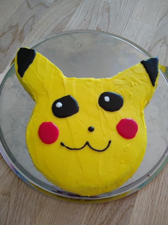 Pikachu Cake Von Mrsflury Chefkoch De