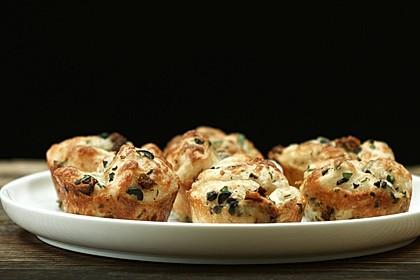 Pull-Apart-Knoblauch-Muffins