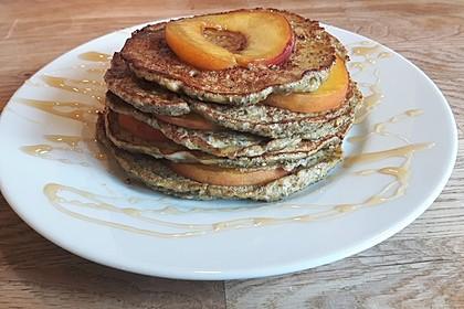 Bananen-Chia-Pancakes ohne Mehl und Zucker