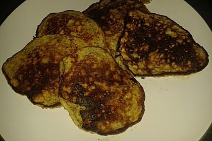 Bananen-Chia-Pancakes ohne Mehl und Zucker 2