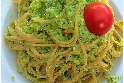 Spaghetti mit Zucchinisauce (Bild)