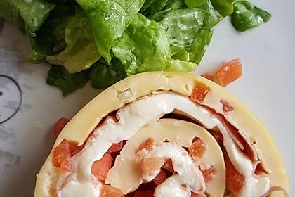 Omelett-Rolle mit Käse-Schinken-Füllung 3