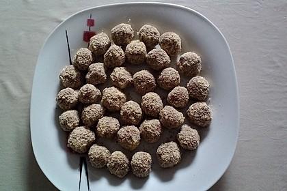 Süße Pralinen mit Keks