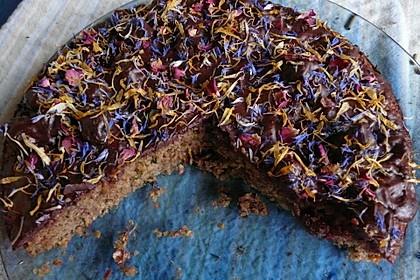 Zucchinikuchen mit Sommerblüten 1