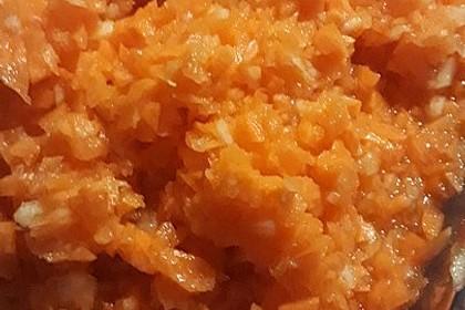 Karotten-Apfel-Salat mit Kardamom