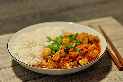 Wok-Gemüse-Kokosmilch-Curry